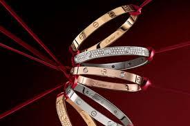 Acquista i più venduti grande vendita seleziona per ultimo Bracciali Cartier - Gioielli donna. Oroportale.it